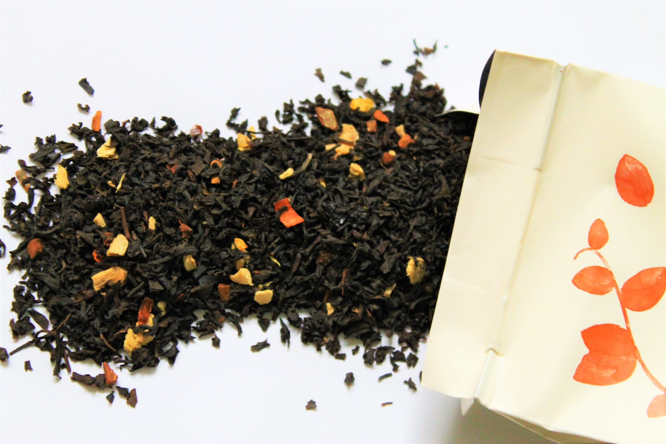 black tea with elderberries and ginger