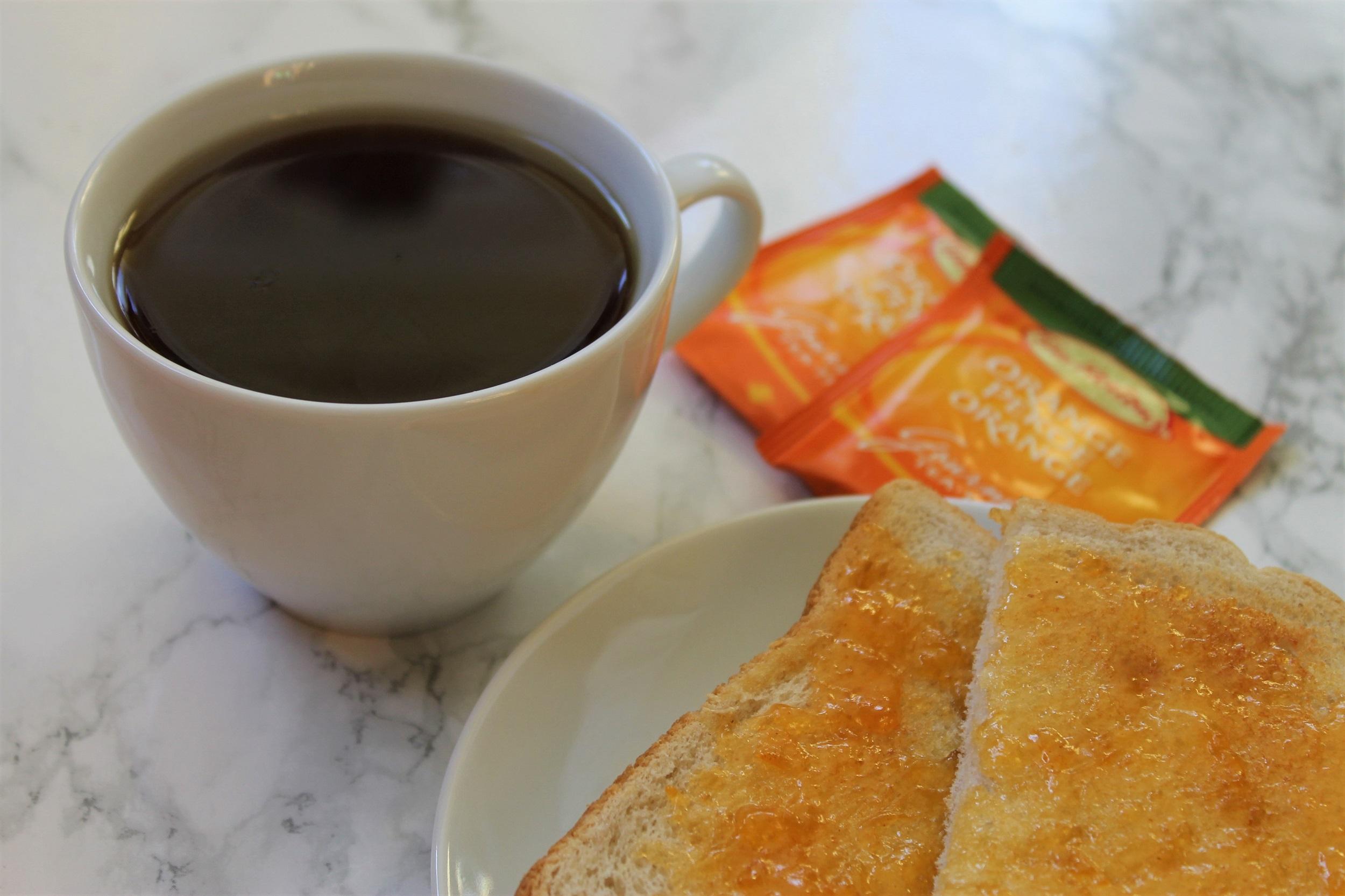 decaf black tea and toast