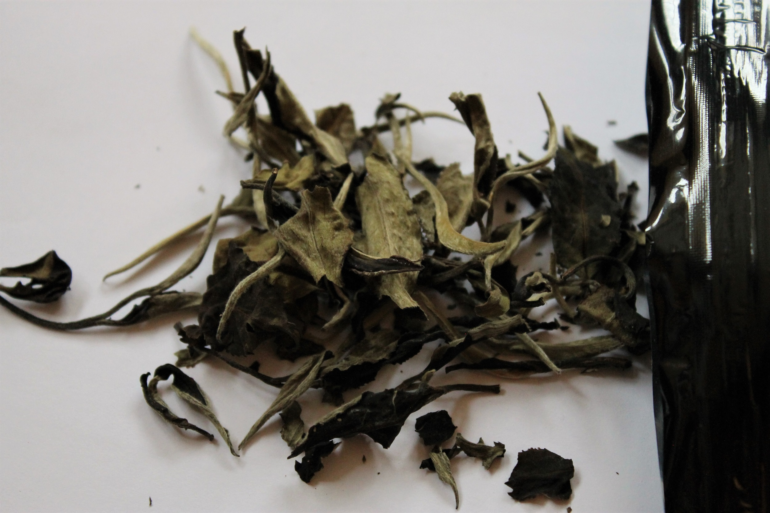 loose leaf white tea from Sri Lanka