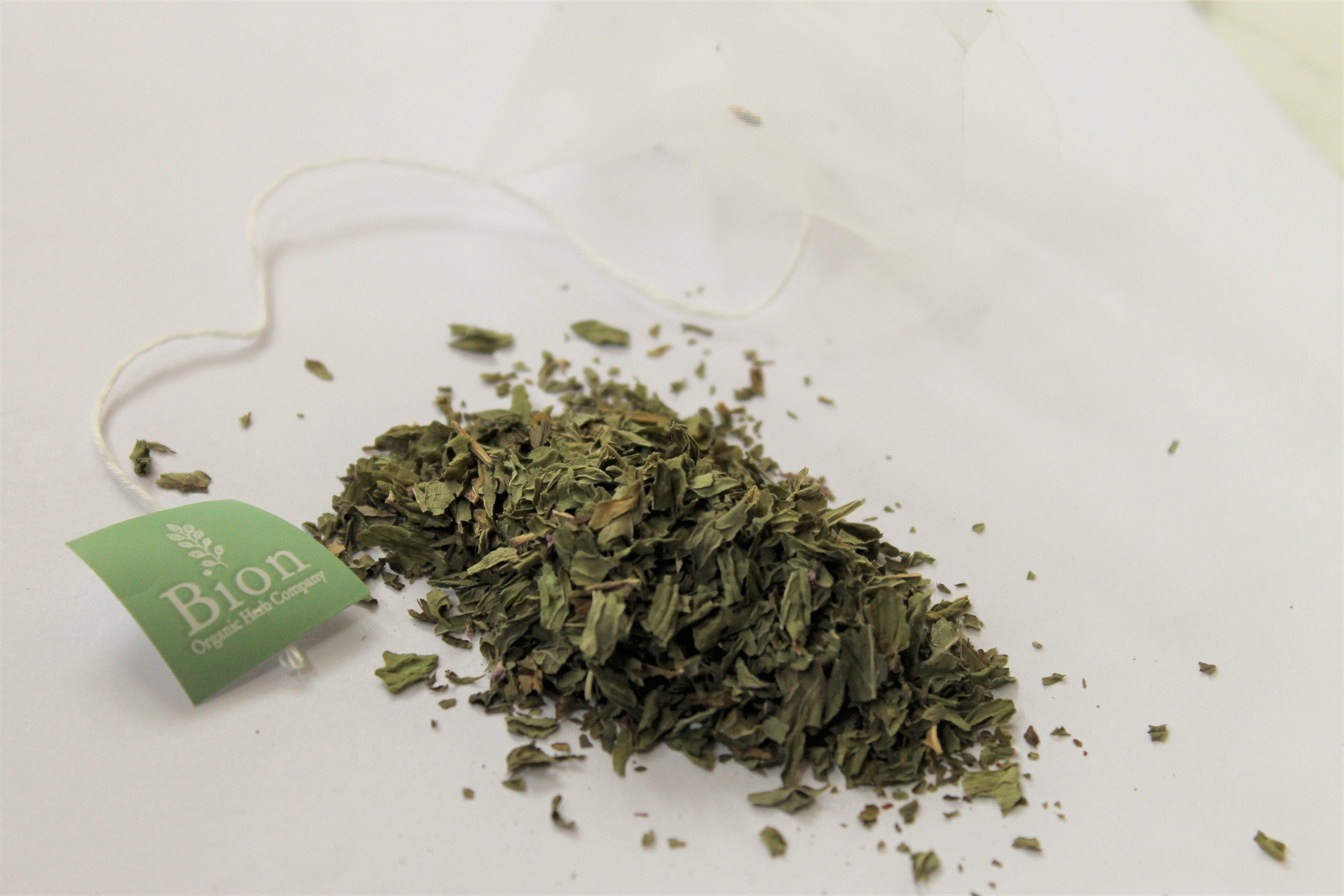 dried spearmint leaves from cyprus