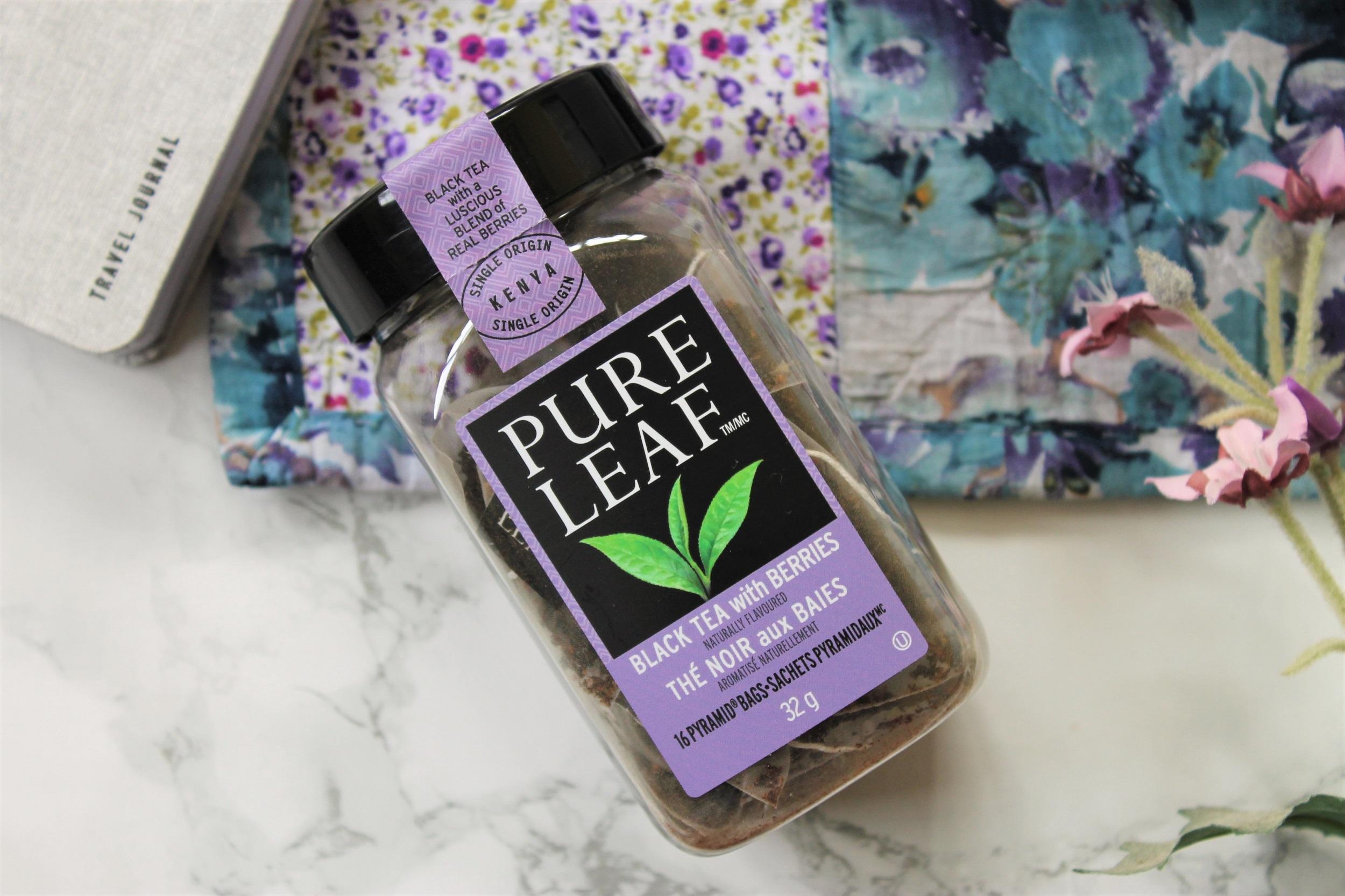 pure leaf black tea with berries in plastic jar