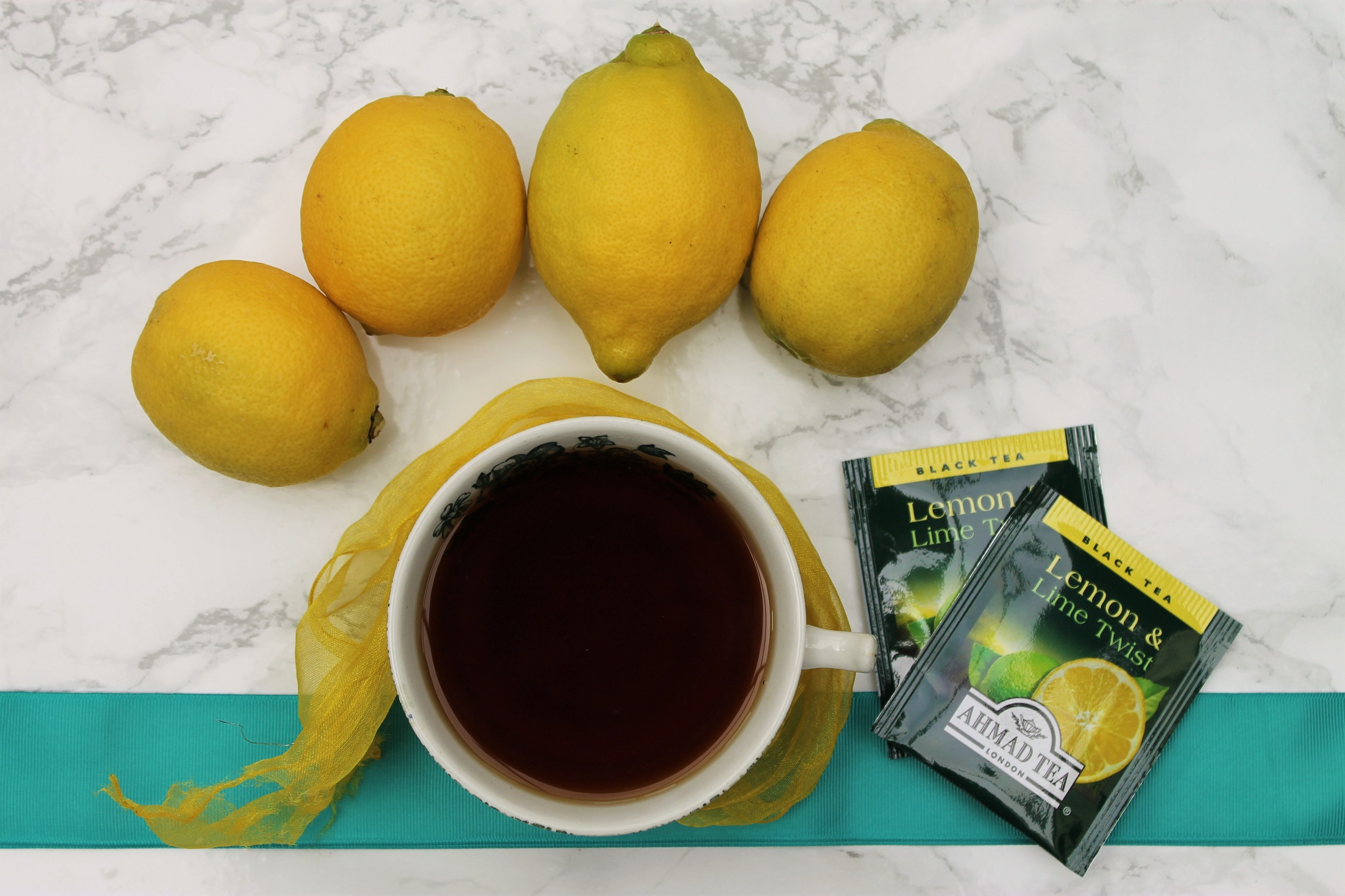 Ahmad Tea Lemon & Lime Twist Tea Review