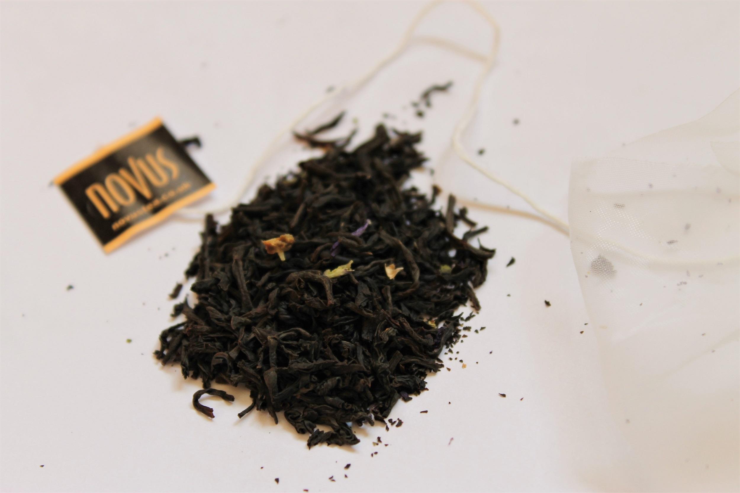 ceylon black tea with bergamot and malva flowers