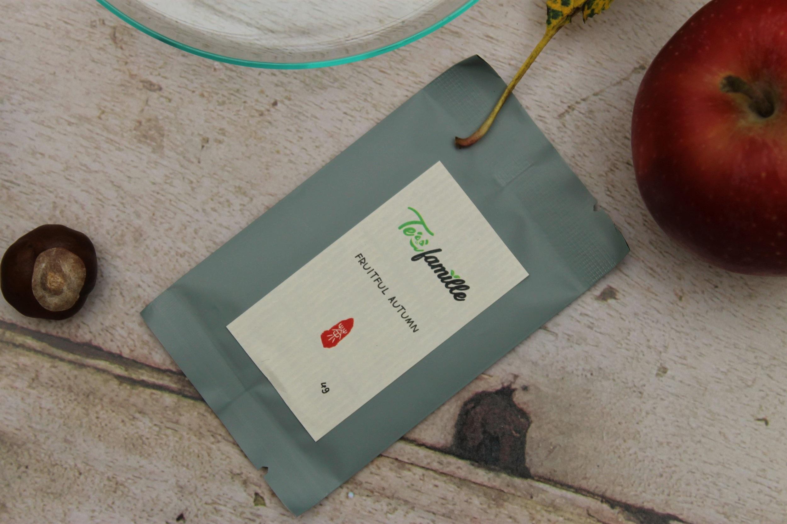 tea famille green tea sample packaging