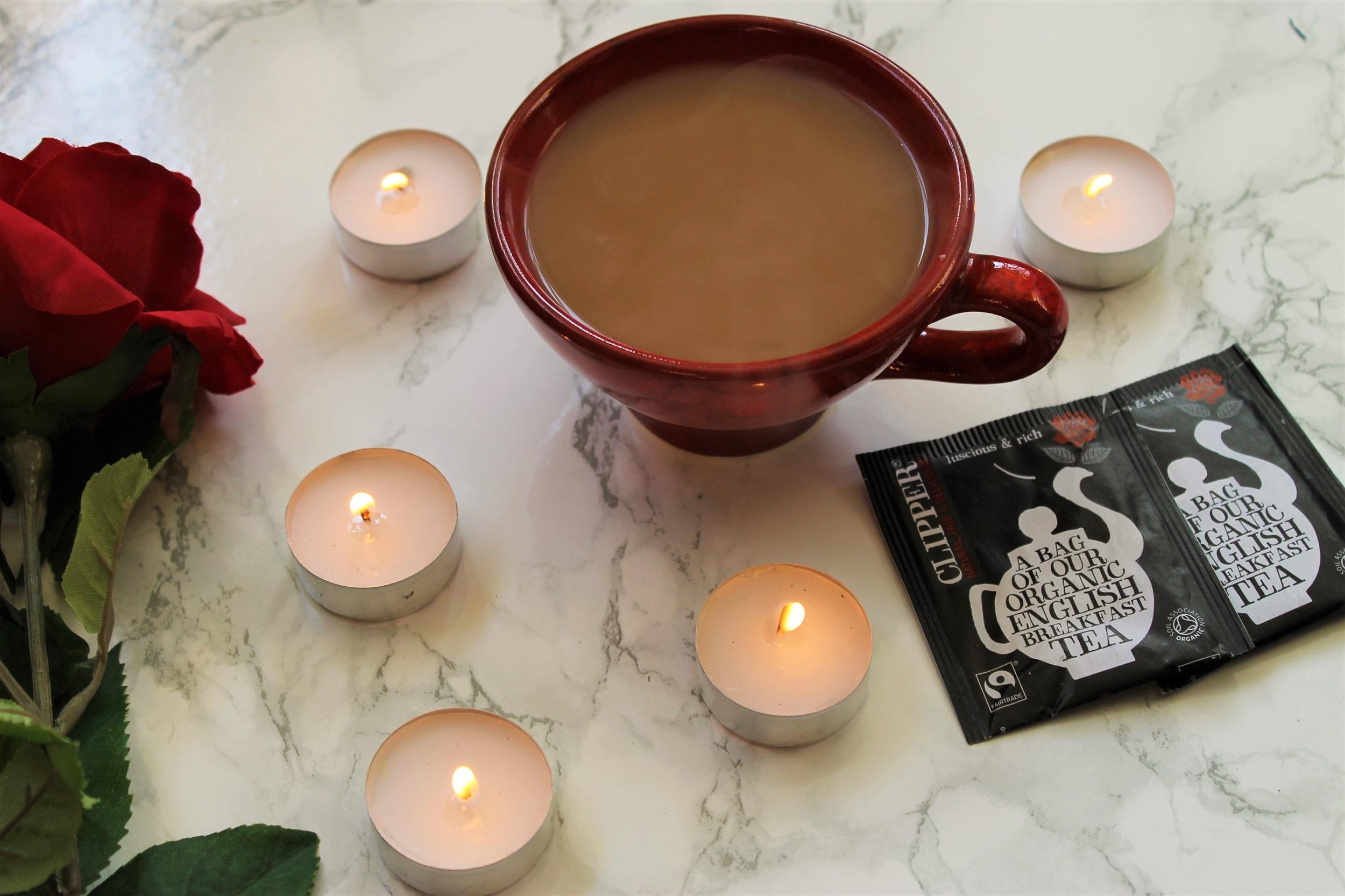 clipper english breakfast tea with milk