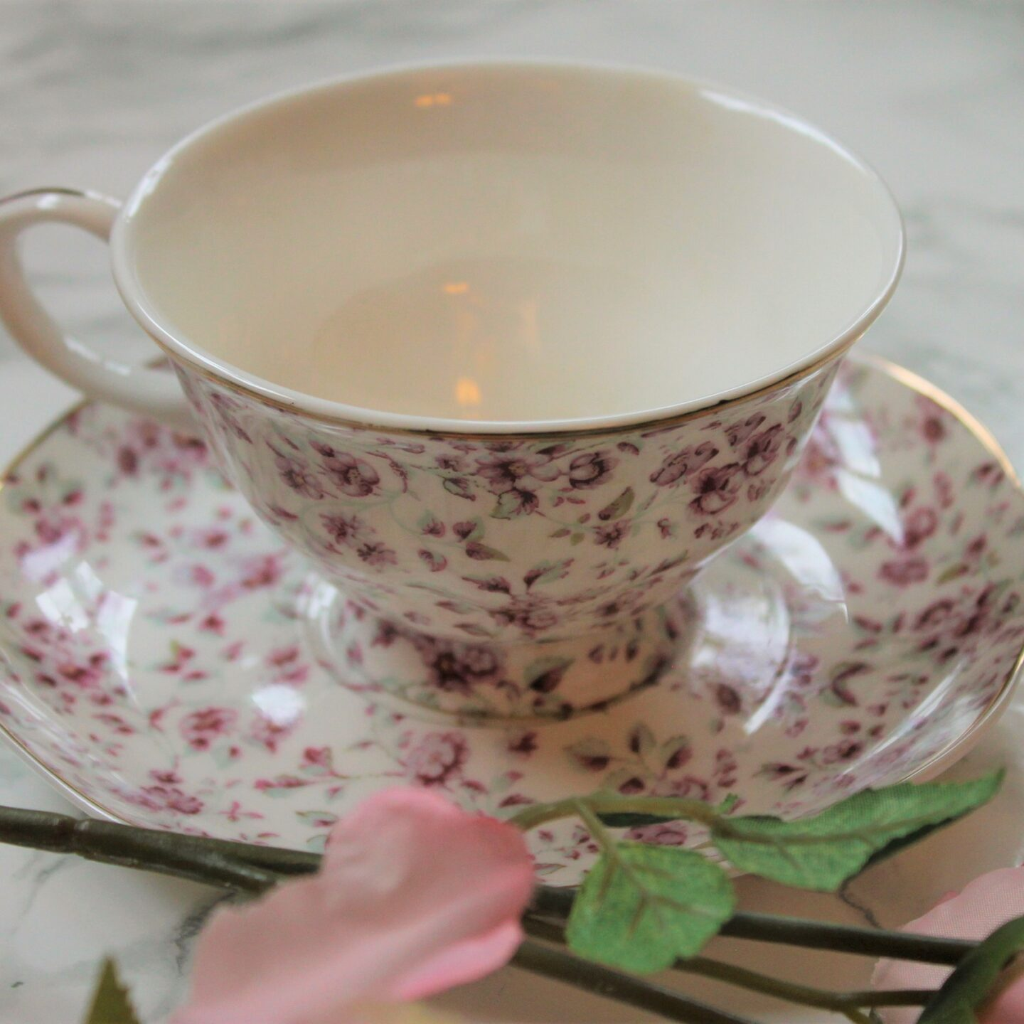 Katie Alice Ditsy Floral White Afternoon Tea Set Review
