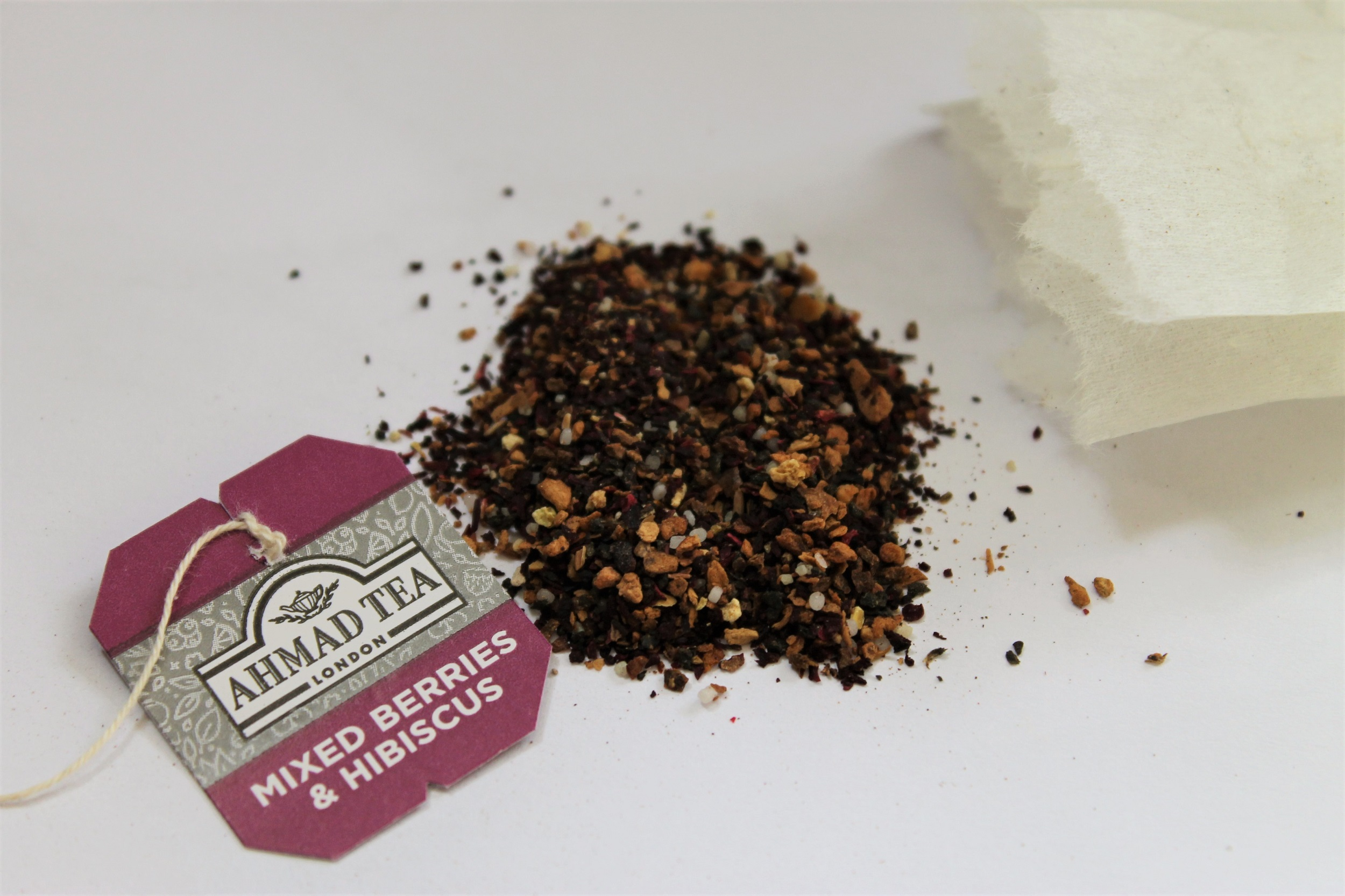 mixed berry and hibiscus loose tea
