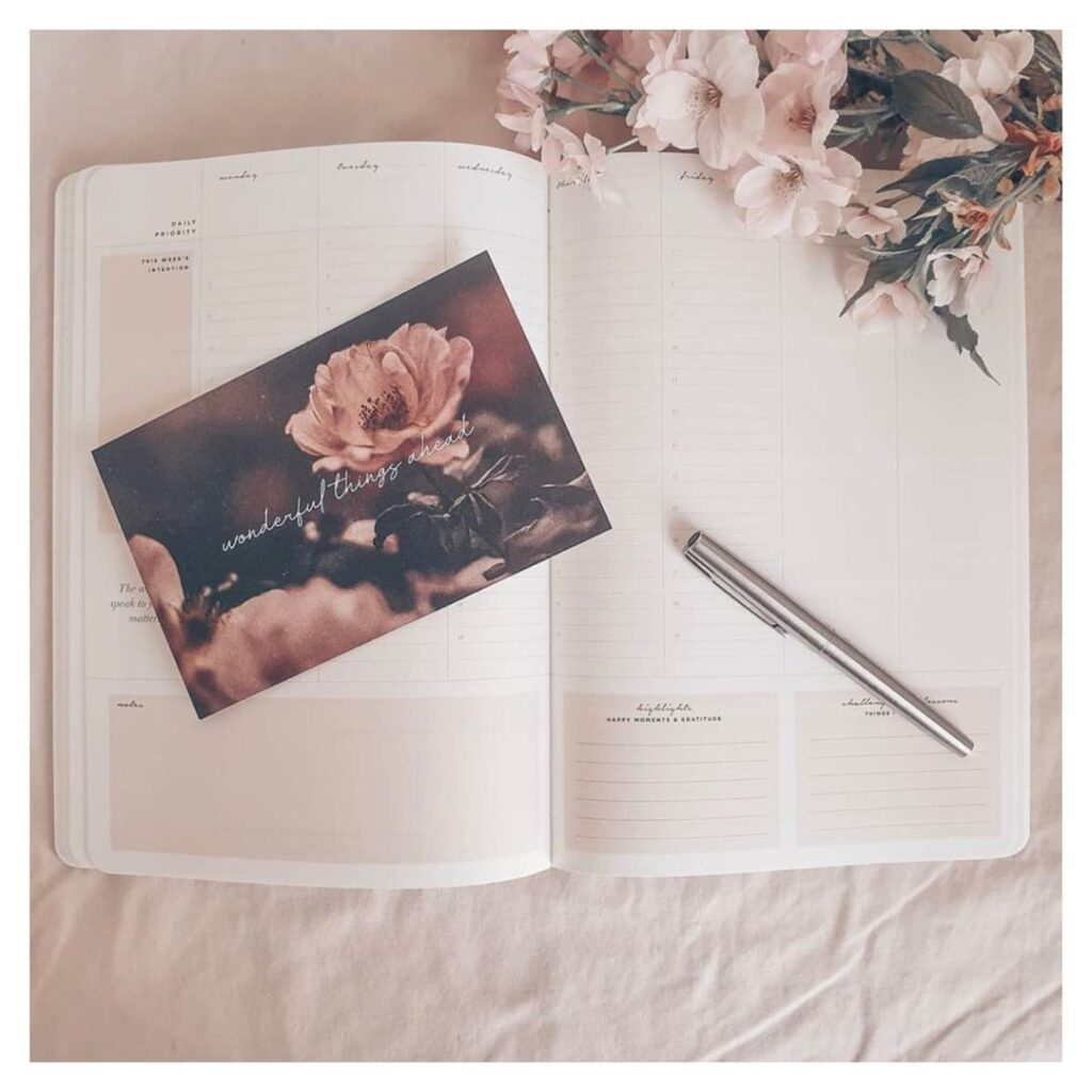 inspired stories weekly planner